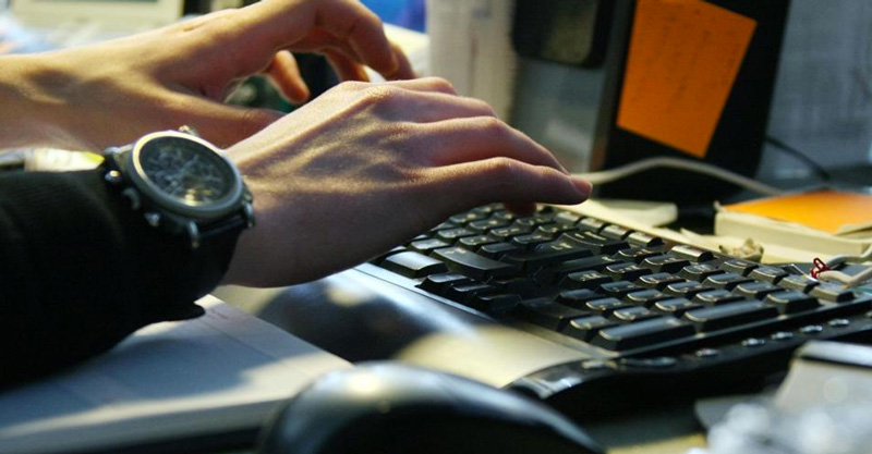 Aumentan las visitas a webs porno desde el lugar de trabajo